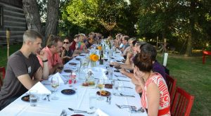 Try These 10 Illinois Restaurants For A Magical Outdoor Dining Experience