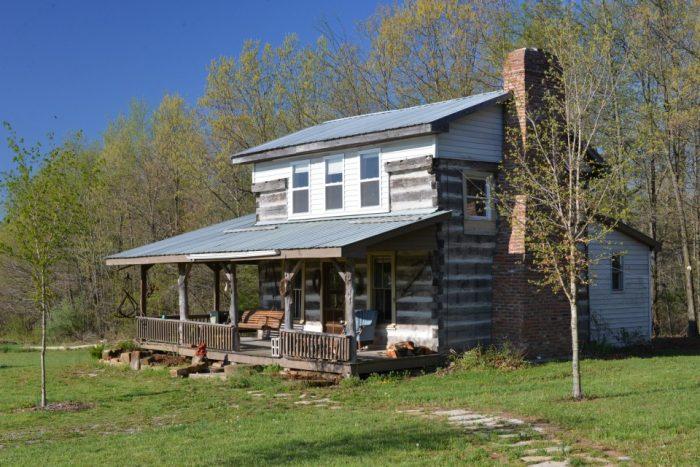 5. Olde Squat Inn