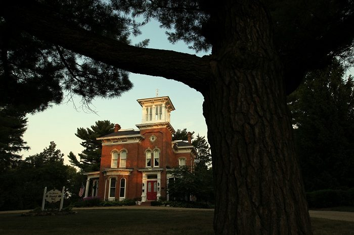 9. Pinehill Inn