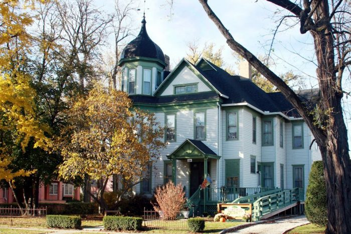 10. Red Oak Inn
