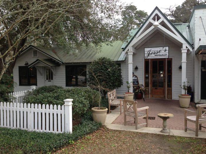 7. Jesse's Restaurant - Magnolia Springs