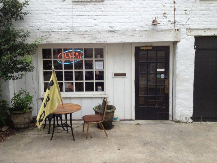 10. Angel's BBQ—21 W Oglethorpe Ln, Savannah, GA 31401