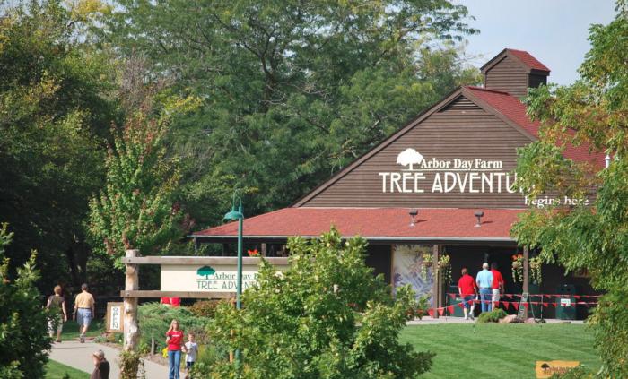 1. Arbor Day Farm Tree Adventure, Nebraska City