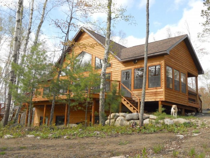 10. This beautiful 4 bedroom, 3 bathroom cabin can sleep up to 16 and has all the amenities you'll ever need. It's called Fairway Ridge, in Voyageurs Retreat at Giant's Ridge.