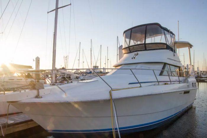 boat-in-charleston
