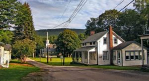 15 Slow-Paced Small Towns Around The U.S. Where Life Is Still Simple
