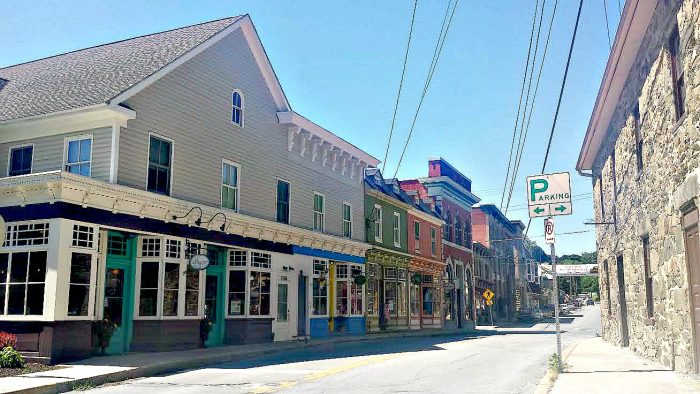 Full of historical landmarks, a thriving arts scene, unique eateries, picturesque parks, charming shops, festivals and family-friendly events, it's no wonder that Sykesville is America's coolest small town. How they fit all of these amazing attributes into 1.58 square miles is an impressive feat, indeed.