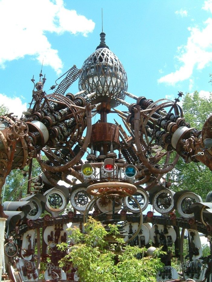 10. Wisconsin: Dr. Evermor's Forevertron, North Freedom