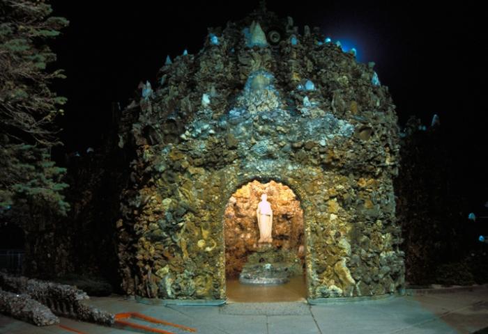 grotto_1