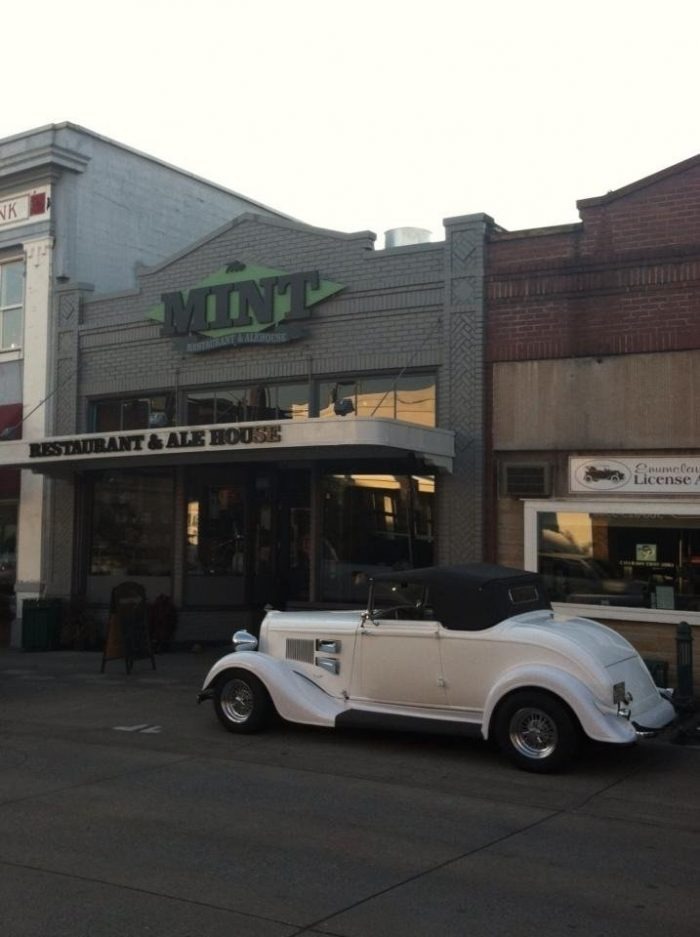 9. The Historic Mint Restaurant & Alehouse, Enumclaw (1608 Cole St)