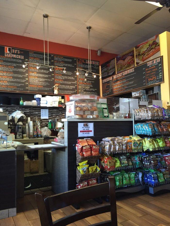 9. Lou's Cafe