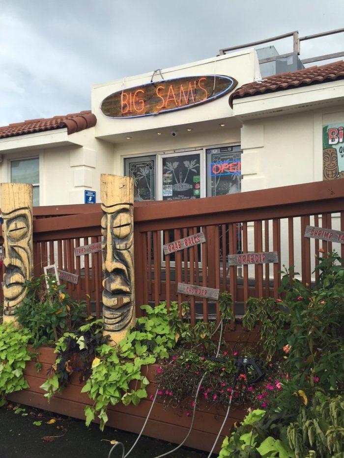 3. Big Sam's Raw Bar (Virginia Beach)