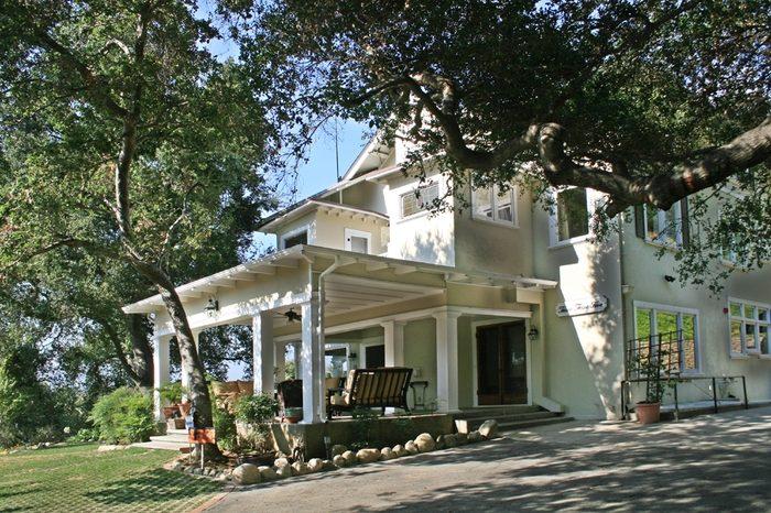 3. Arroyo Vista Inn -- South Pasadena