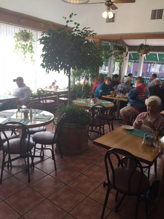5. Table Talk Restaurant (Alexandria)