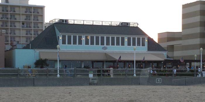 2. Waterman's Surfside Grille (Virginia Beach)
