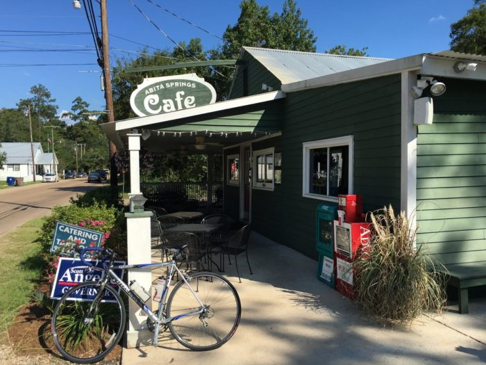 Have breakfast at the Abita Springs Café.
