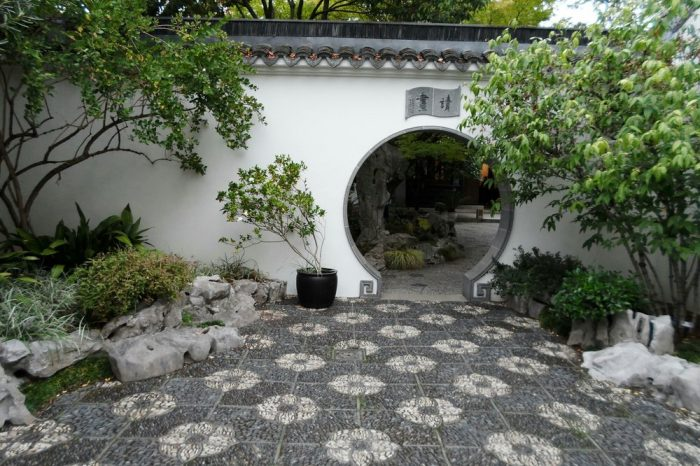 Modeled after the Ming Dynasty gardens, this Portland garden is filled with traditional Chinese-originated plants and even has rocks that were brought in from the country itself.