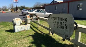 11 Mom & Pop Restaurants In Louisiana That Serve Home Cooked Meals to Die For