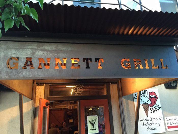 7. Gannett Grill - Lander Bar