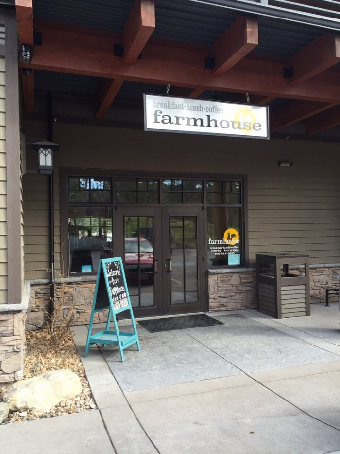 9. Farmhouse, Lakeside