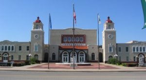 This Charming Town In Oklahoma Is Perfect For A Summer Day Trip