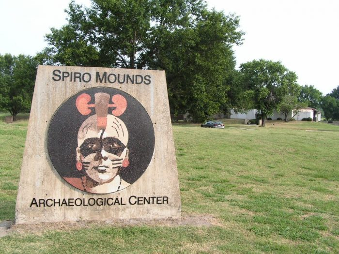 3. Spiro Mounds Archeological Center, Spiro