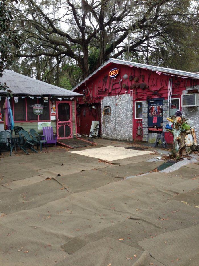 9. The Old School Diner—1080 Jesse Grant Rd NE, Townsend, GA 31331