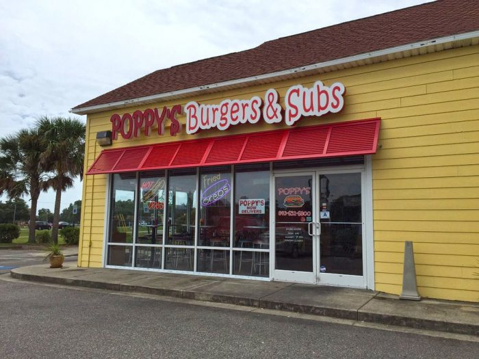 14. Poppy's Burgers & Subs - 3290 US-17 BUS, Murrells Inlet, SC 29576