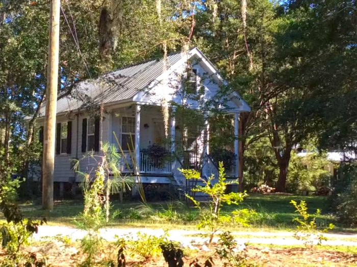 6. Private Lowcountry Cottage near Folly Beach, SC
