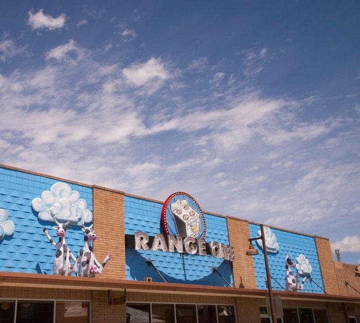 9. Range Café, 925 Camino Del Pueblo, Bernalillo