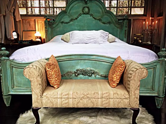 1. Romantic Luxury Treehouse - Walhalla, SC
