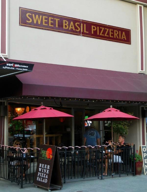 3. Sweet Basil Pizzeria, Walla Walla (5 S 1st Ave.)