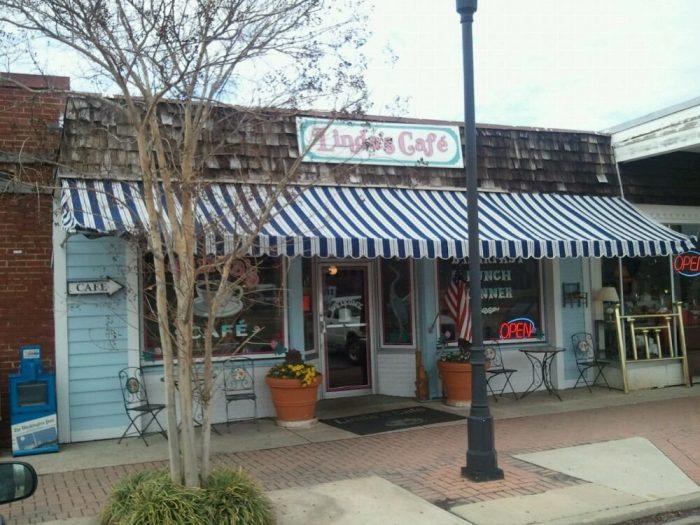 7. Linda's Cafe, Lexington Park