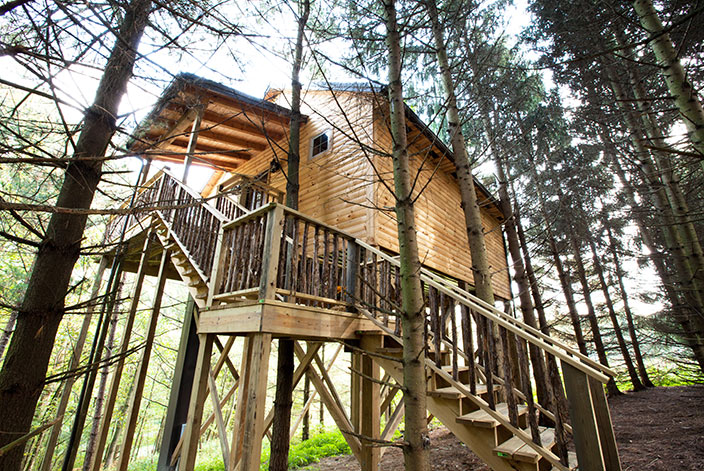 8 beautiful unique cabins and tree houses in ohio for Northeast ohio cabin rentals