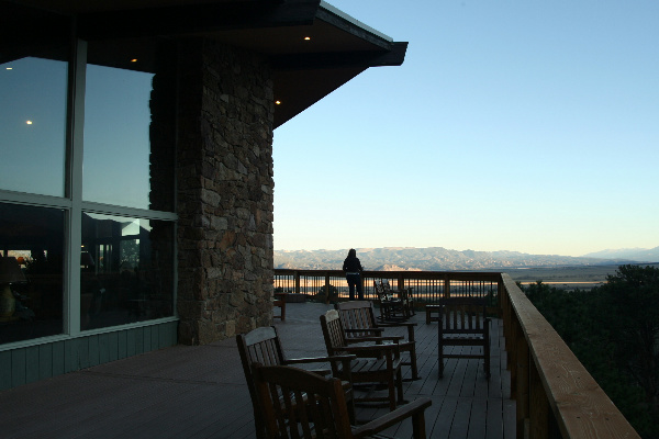 8. Trail West Lodge (Buena Vista)