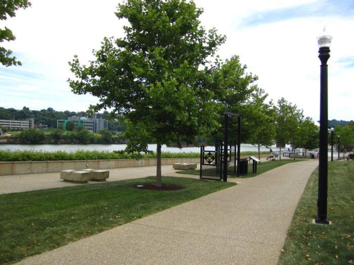 1. South Side Riverfront Trail