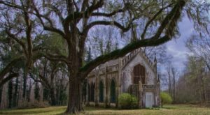 Everyone In Mississippi Needs To Visit This One Adorable Small Town This Year