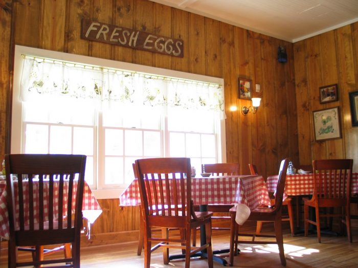 10. Enjoy a classy meal at the renowned Loveless Café.