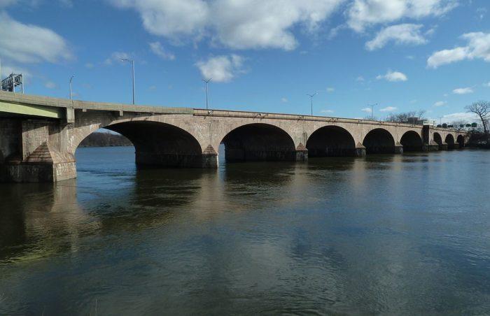 6. Bulkeley Bridge (Hartford)