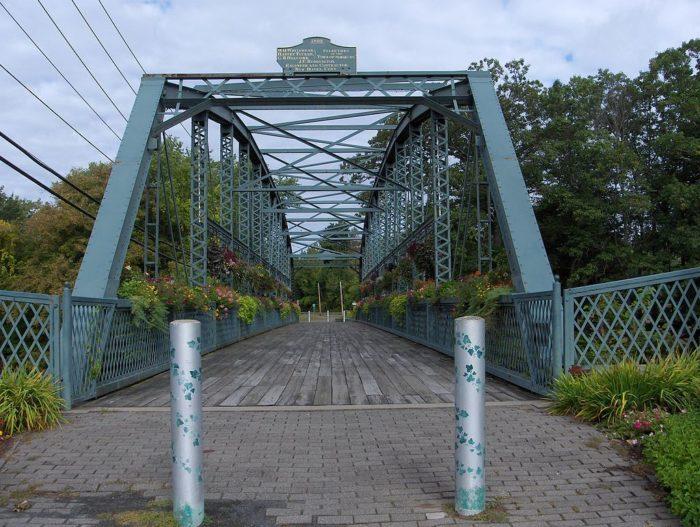 7. Drake Hill Road Bridge (Simsbury)