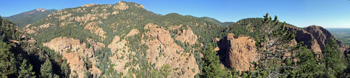 There are two hiking trails at the top of Seven Falls: Inspiration Point (which was originally built in 1883) and the equally popular Midnight Falls.