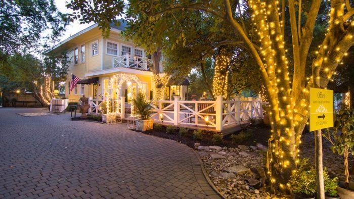 1. Austin's Inn at Pearl Street