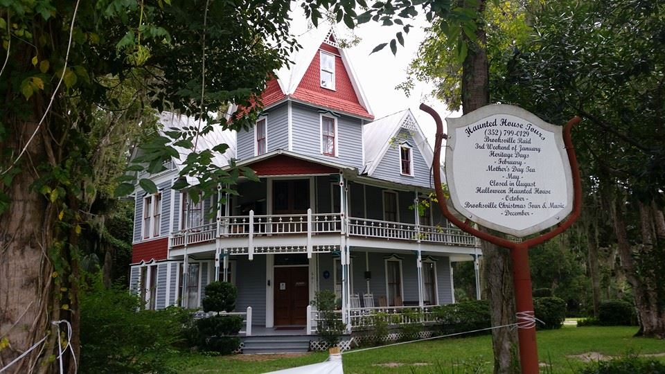 take a nighttime tour of florida u0026 39 s most haunted house