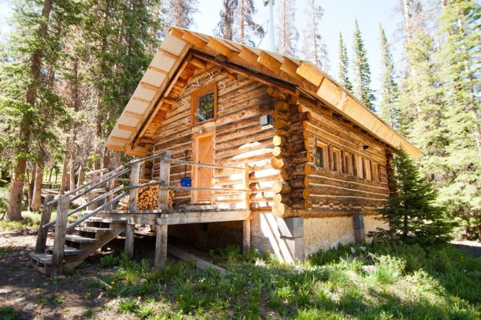 6. Snowy Mountain Lodge