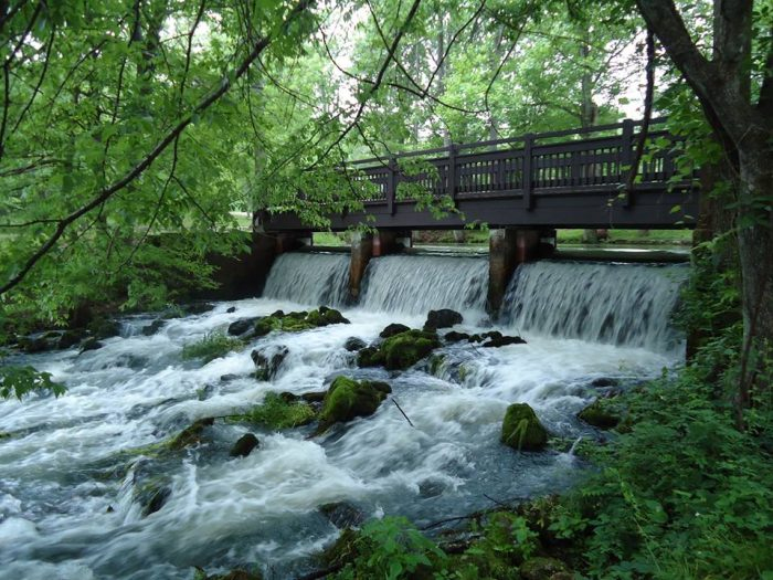 Meramec Spring Park includes the fifth largest spring in Missouri. What the spring lacks in size, it makes up for in beauty.