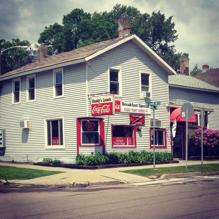 7.  Handy's Lunch - 74 Maple St, Burlington