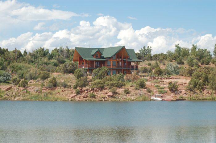 5. Six Lakes Resort And Fishing Preserve, Altamont