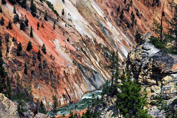 1200px-Grand_canyon_of_Yellowstone_2