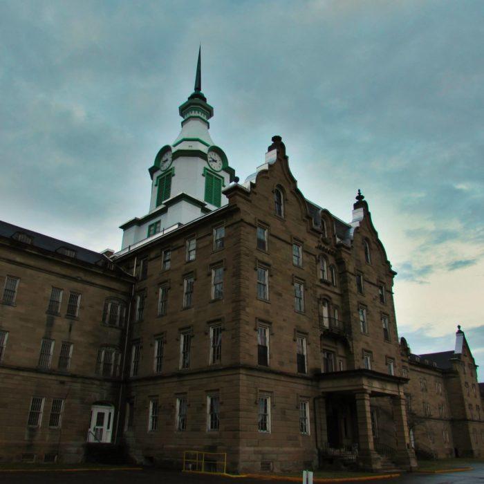 5. Trans-Allegheny Lunatic Asylum (Weston, West Virginia)
