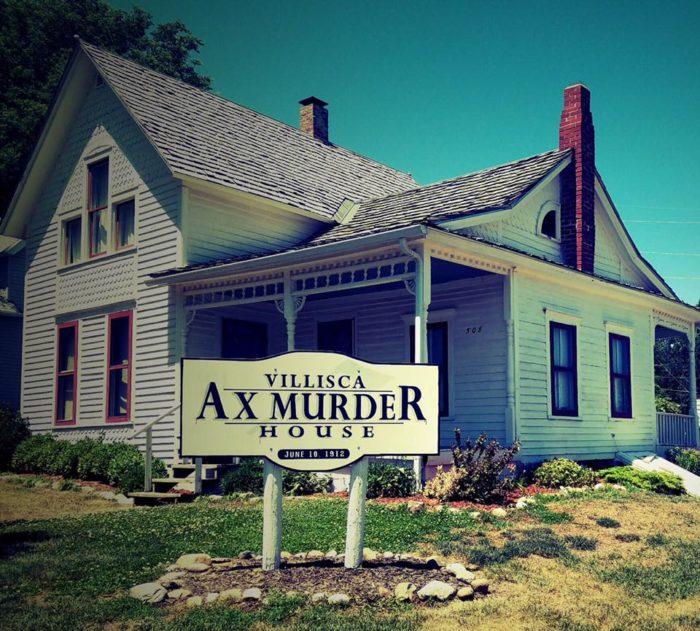 1. Villisca Ax Murder House (Villisca, Iowa)